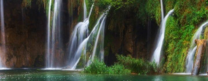 Kamperen bij een waterval