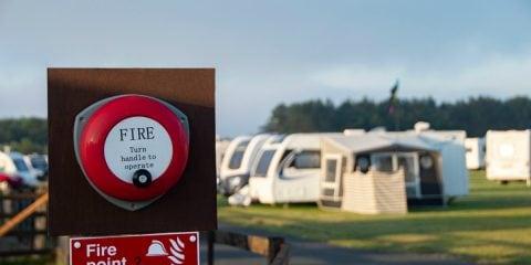 Brandveilig kamperen, hoe doe ik dat?