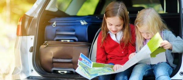 Bereitet euch gut auf die Reise vor. Informiert euch über die Route und die Verkehrsregeln der einzelnen Länder.