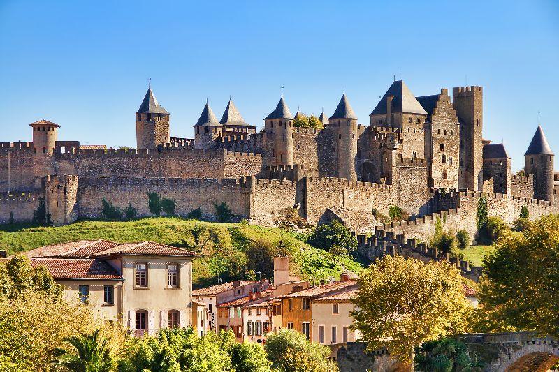 De grootst behouden middeleeuwse vesting vind je in het zuiden van Frankrijk: Carcassonne.
