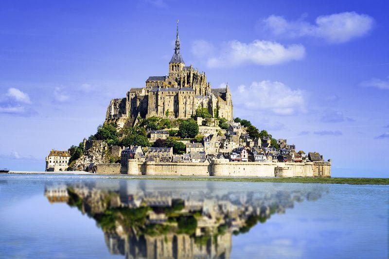Vanaf kasteelcamping Les Ormes Domaine & Resort is een uitstapje naar de wereldberoemde Mont Saint-Michel zo gemaakt.