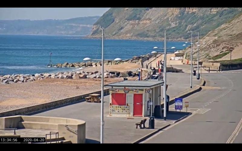 Uitzicht op een haven in Zuid-Engeland.